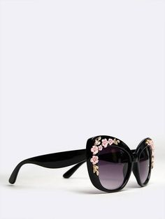 09a611e73b37b1 84 Best sunglasses images   Eyeglasses, Glasses, Breast cancer