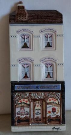 HAZLE-CERAMICS-A-Nation-Of-Shopkeepers-MAXWELL-KENNEDY-Signed-Box-58-150