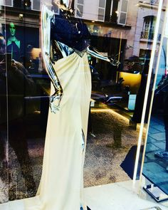 Cocktail dress from AZZARO front shop, Paris 08th.   #inpariswithnicolas #Azzaro #Luxe #Cocktail #Dress #Robe #WomanShoes #fashionshow #fashiontrend #trend #ootd #outfitoftheday #outfitpost #madeinparis #femmetotale #glamour #fashion #womensfashion #FrenchShop #Chic #femmeChic #SmartWoman #ClassyWoman #Classy #Luxury #lifestyle #IgersFrance #IgersEurope #IgersParis