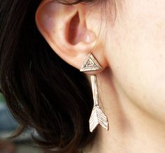 Double Sided Bronze Arrow Studs  ear от RachelPfefferDesigns, $82.00