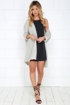 This is such a winner for me. A cute dress and an cozy comfy cardigan. Those sandals are way too cute! Love this. Via Lulus. 20 Must Try Spring Outfits   The Crafting Nook by Titicrafty