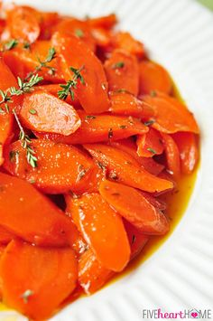 Honey-Glazed Carrots with Thyme and Lemon by fivehearthome  #Carrots #Glazed