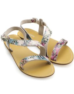 In tune with the Spring Summer 2013 trend- my footwear goes floral with the pretty Monsoon Morin Sandal :)