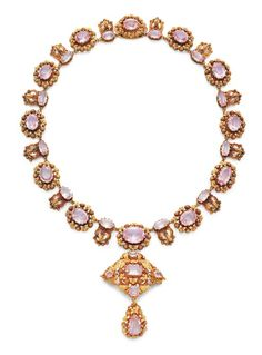 Pink Topaz and Gold Pendant Necklace, circa 1820 #NeoClassicJewels #PinkTopazNecklace