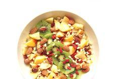 Un véritable régénérateur cellulaire en guise de petit déjeuner, le tout vegan, raw, paleo et sans gluten : découvrez la recette du Miam-O-Fruits !