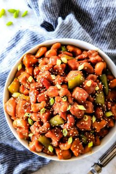 This BEST EVER Slow Cooker Chinese Cashew Chicken is loaded with incredibly tender chicken, wonderfully flavorful sauce and buttery, creamy cashews! Slow Cooker Recipes, Crockpot Recipes, Chicken Recipes, Cooking Recipes, Healthy Recipes, Slow Cooking, Mac And Cheese Pasta, Slow Cooker Cashew Chicken, Healthy Steak