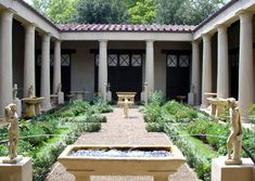 Roman house with interior courtyard garden http://www.timetrips.co.uk/roman%20towns%20houses.htm