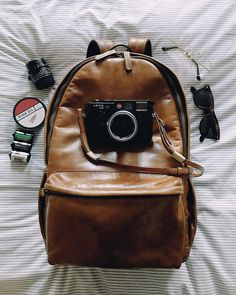 Get your favorite photographer their favorite camera bag and enjoy free 2-day shipping for the holidays.
