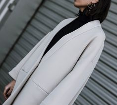 Minimalistic outfit details, featuring Oak + Fort, Monki and Zara, Now on www.ariadibari.com | By Aria Di Bari, French style blogger