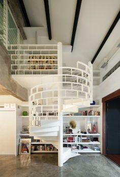 Escaliers en colimaçon decoration intéressante