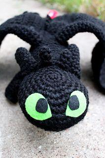 "Free ""Toothless"" crochet pattern <3"