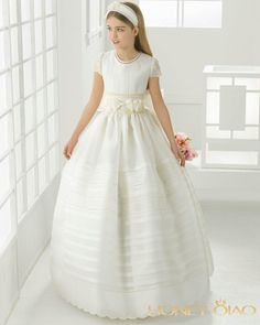 I found some amazing stuff, open it to learn more! Don't wait:https://m.dhgate.com/product/2017-first-communion-dresses-for-girls-satin/388792837.html