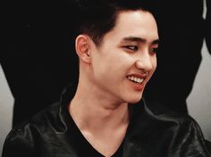 I'm telling yall, kyungsoo with eye makeup will be the death of me