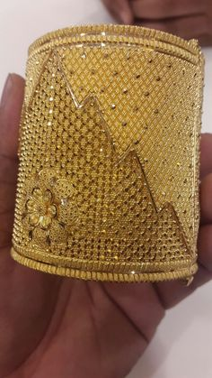 How Sell Gold Jewelry Gold Ring Designs, Gold Bangles Design, Gold Earrings Designs, Gold Jewellery Design, Real Gold Jewelry, Gold Jewelry Simple, Indian Jewelry, Bengali Jewellery, Bodo