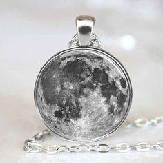 Full Moon  Pendant, Full Moon Necklace, Full Moon Jewelry, Full Moon Charm Silver (PD0196)