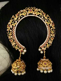 To order plz WhatsApp me to 91 7730891805 Antique Jewellery Designs, Gold Jewellery Design, Head Jewelry, Wedding Jewelry, Gold Hair Accessories, Wedding Accessories, Jelsa, Fashion Jewelry, Jhumkas Earrings