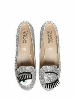 CHIARA FERRAGNI (from The Blonde Salad), Blink Eyes Glitter Loafers. Too bad they don't come in my size, otherwise I would have gotten them. Glitter Flats, Metallic Flats, Silver Shoes, Silver Glitter, Silver Loafers, Sparkle Shoes, Glitter Gel, Glitter Eyeshadow, The Blonde Salad