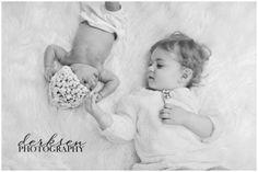 Sibling/newborn photo