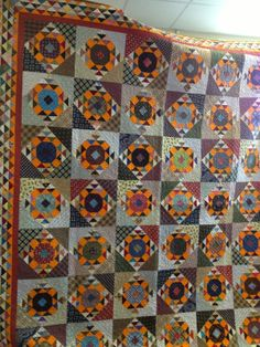Bonnie Hunter quilts. Great for fall