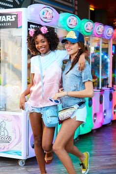 Shop our collection of Spring trends at Claire's to get ready with your bff for Spring break