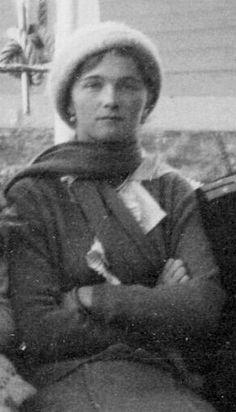 "Grand Duchess Olga Nikolaevna Romanova of Russia.  ""AL"" Olga Romanov, Romanov Sisters, Grand Duchess Olga, House Of Romanov, Alexandra Feodorovna, Tsar Nicholas Ii, Imperial Russia, Beautiful Family, Michel"