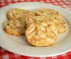 Karlovarské knedlíky sa podávajú hlavne ako príloha k omáčkam v českej kuchyni. Baked Potato, Mashed Potatoes, Cauliflower, Shrimp, Meat, Chicken, Baking, Vegetables, Ethnic Recipes
