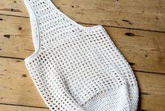 Crochet bag pattern: How to make a crochet market shopper - Mollie Makes