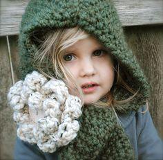 The Velvet Acorn: January 2012 Velvet Acorn, Knitting Projects, Crochet Projects, Knitting Patterns, Crochet Patterns, Cowl Patterns, Crochet Buttons, Knit Crochet, Crochet Hats