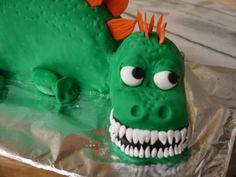 MsFunnyHome: Motivtorte Drache mit lecker Schokoladenkuchen