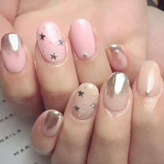 The Manicure Trend That's Everywhere Right Now