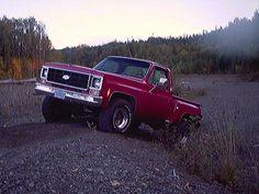 Vintage Chevy Trucks, Chevy Pickup Trucks, Gm Trucks, Jeep Truck, Lifted Trucks, Cool Trucks, Chevy Stepside, Chevy Pickups, American Classic Cars