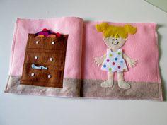 Girl Dress-Up Quiet Book Page Busy Book von FreckledFelt auf Etsy
