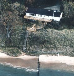 Muskegon Vacation Rentals - LAKE MICHIGAN Private Dune Beach house