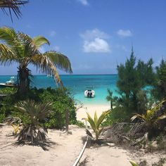 Get Lost. Nassau Paradise Island. Photo by Janet L.