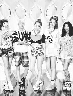 f(x) From left to right: Victoria, Amber, Krystal, Sulli, Luna