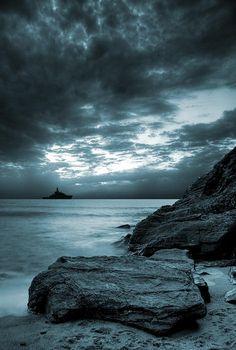 Stormy Ocean by Jaroslaw Grudzinski