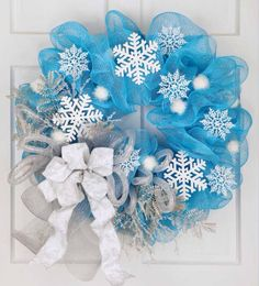 Christmas wreath made with Tulle and snowflakes