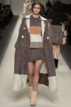 LOOK   2015-16 FW MILAN COLLECTION   FENDI   COLLECTION   WWD JAPAN.COM