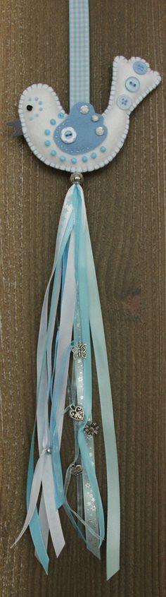 Felt bird decoration  White and blue felt Luckybird van StudioSimone op Etsy, €10.00