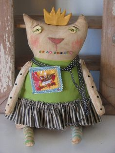 Primitive Doll Cookie Cutter Heart Queen.... Cat PATTERN, via Etsy.