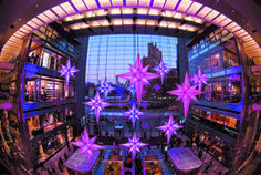 5 Top Spots for Holiday Lights in Manhattan to Brighten Up the Season: Time Warner Center