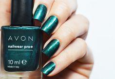Avon Noir emerald