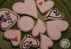 pink heart valentines cookies