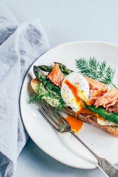 Hot Smoked Salmon, Asparagus and Poached Egg on Toasted Ciabatta /