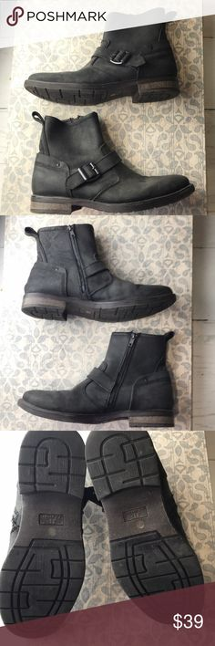 J ferrar black leather Moto boots size 8 Nice pair of motorcycle boots size 8 side zipper J ferrar Shoes Boots