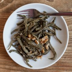 Dried bean salad with walnuts & coriander - tibits - Vegetarian Restaurant Bar Take Away Catering Catering, Vegan Party Food, Vegetarian Recipes, Healthy Recipes, Dried Beans, Bean Salad, Great Recipes, Healthy Eating, Salad