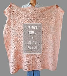 Free Crochet Pattern: Fenya Blanket - This beautiful, vintage style crochet blanket is easy to make. The pattern is FREE on Dada's plac - Crochet Afghans, Baby Blanket Crochet, Crochet Stitches, Crochet Gratis, Free Crochet, Knit Crochet, Easy Knitting Projects, Crochet Projects, Crochet Vintage