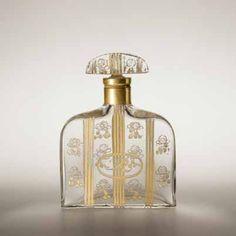 La Rose de Rosine LES PARFUMS DE ROSINE Design. Paul Poiret et Paul Iribe 1912, Paris Verre, carton, papier GS Collection