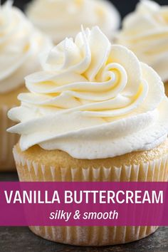 the best Vanilla Buttercream Frosting with this simple fool-proof recipe!Make the best Vanilla Buttercream Frosting with this simple fool-proof recipe! Food Cakes, Cupcake Cakes, Köstliche Desserts, Dessert Recipes, Health Desserts, Frost Cupcakes, Best Frosting For Cupcakes, 12 Cupcakes, Cupcake Frosting Recipes