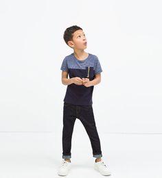 Contrast zip t-shirt